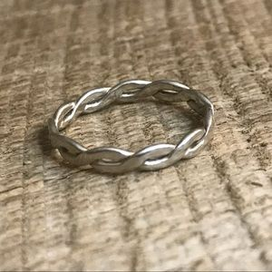 Jewelry - Thin Sterling Silver Ring w/ Weave Design
